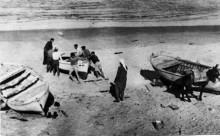 قرية ام خالد، صوره نادره قبل النكبه لزوارق الصيادين على شواطئها
